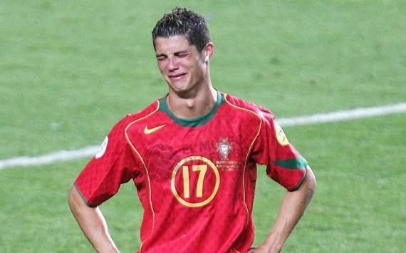 Ronaldo crying